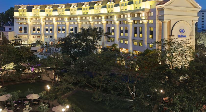 Hilton Hanoi Opera 5_stars